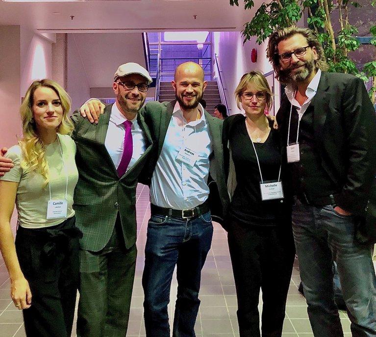 Camille Labchuck und Prof. Peter Sankoff von Animal Justice mit den TIR-Mitarbeitenden Andreas Rüttimann, Michelle Richner und Gieri Bolliger