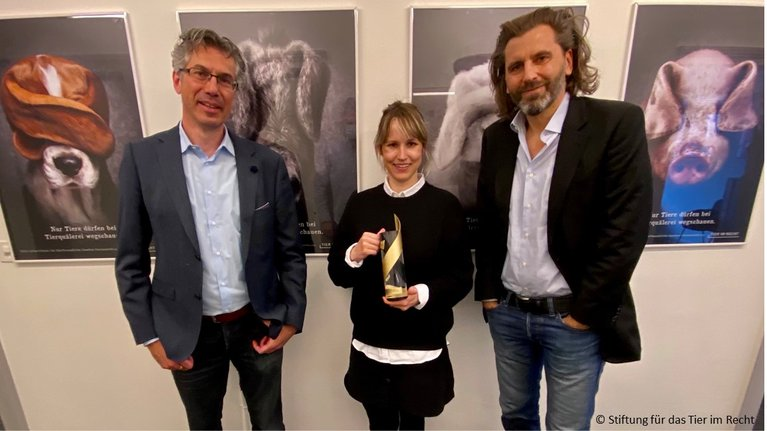 Cristiano Gargamelli, Michelle Richner, Gieri Bolliger, Swiss Poster Award 2020 inkl. Copyright